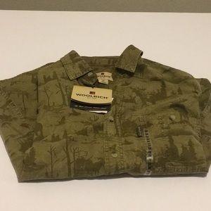 NWT Men's Woolrich Long Sleeve Shirt Size Medium